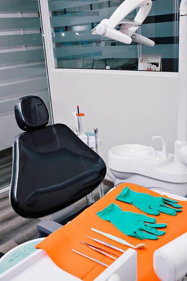 consultorio dr daniel fernandez 02 periodoncia e implantes monterrey 1